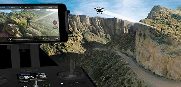 Квадрокоптер 3DR Solo Drone в полете