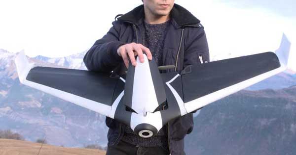 Высокотехнологичный дрон Parrot Disco