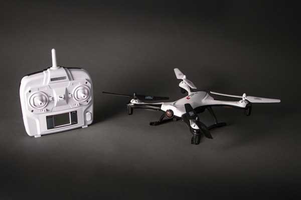 Квадрокоптер Nine Eagles Galaxy Visitor 3 и пульт управления
